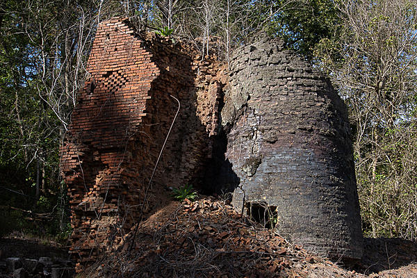 Old and Abandoned-rlw_3986.jpg