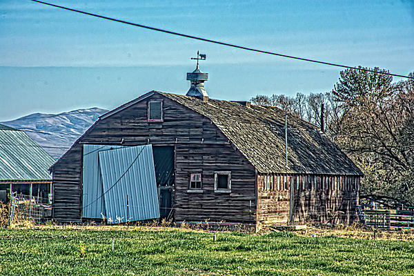 Post your barns and rural structures.-710_0093-edit.jpg