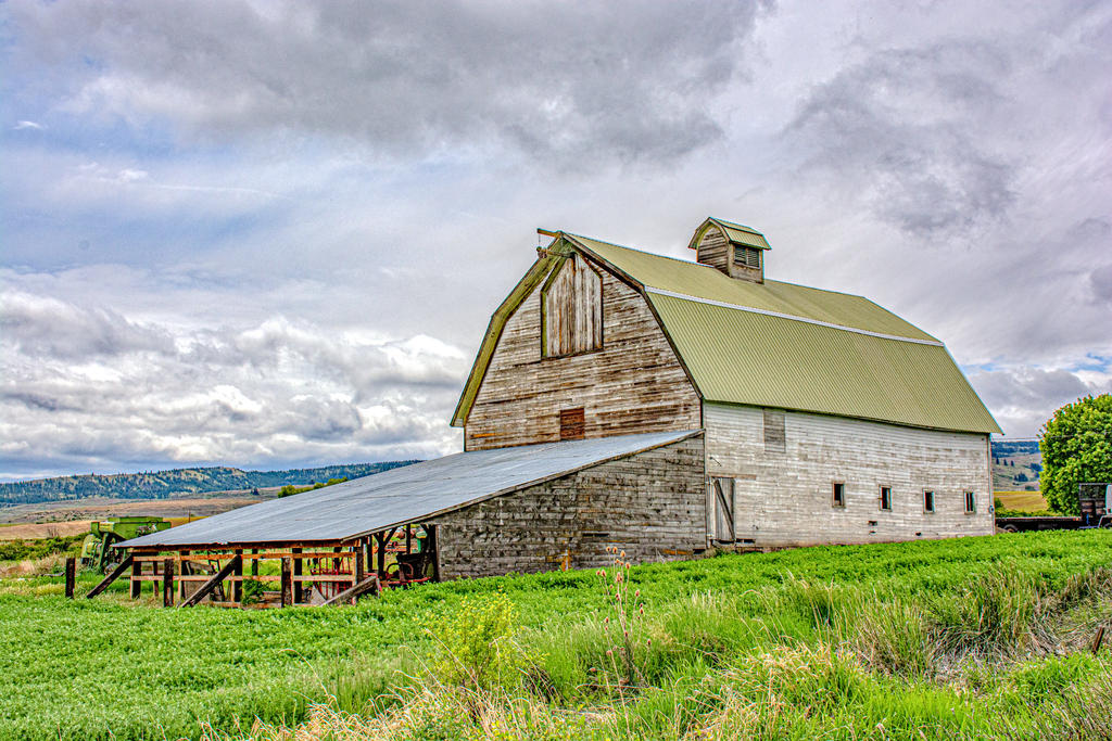 Post your barns and rural structures.-710_2982-edit.jpg