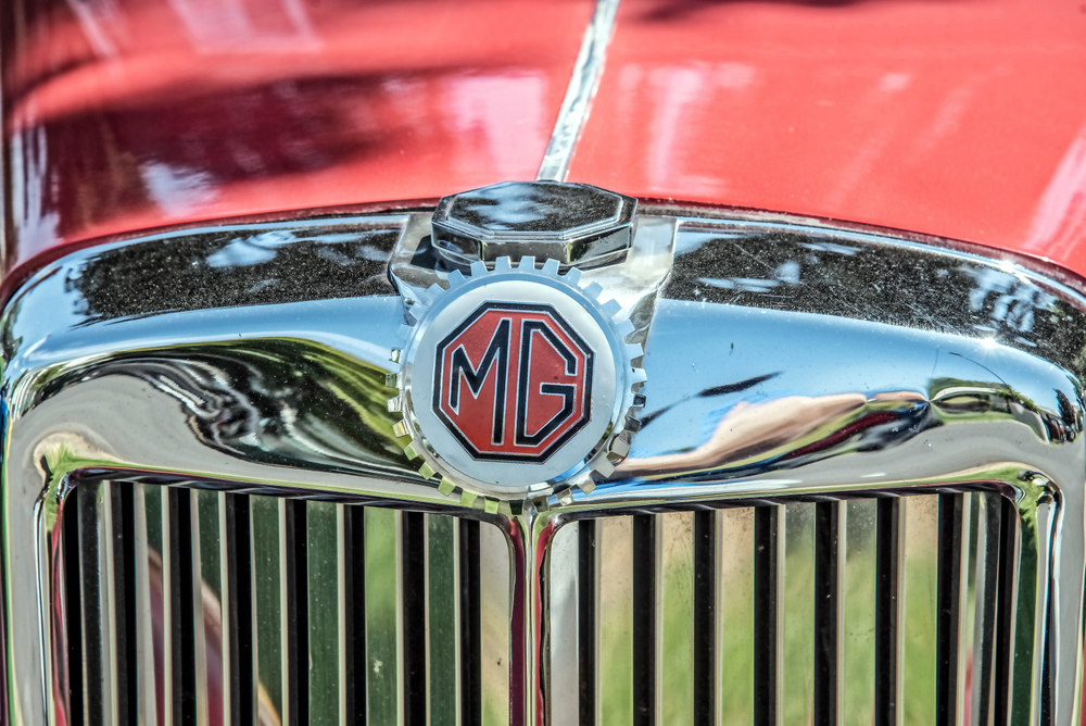 Post your Hood Ornaments/Logos-750_3149-edit.jpg