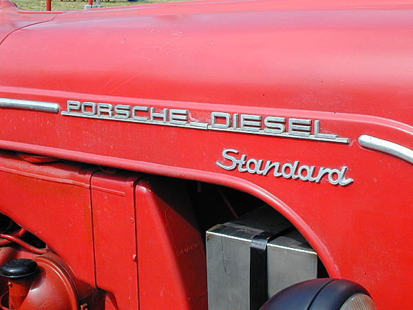 Post your Hood Ornaments/Logos-tractor-show-porsche-diesel-emblem.jpg