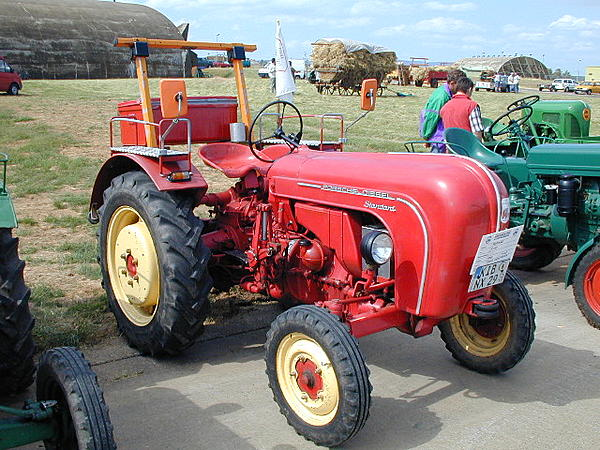 Post your Farm Equipment shots-tractor-show-1958-porsche-f218-diesel-tractor.jpg