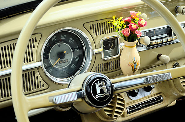 Post Your Automotive Shots!-2021-09-19-vw-beetle-interior-maggie-valley-nc-upload.jpg