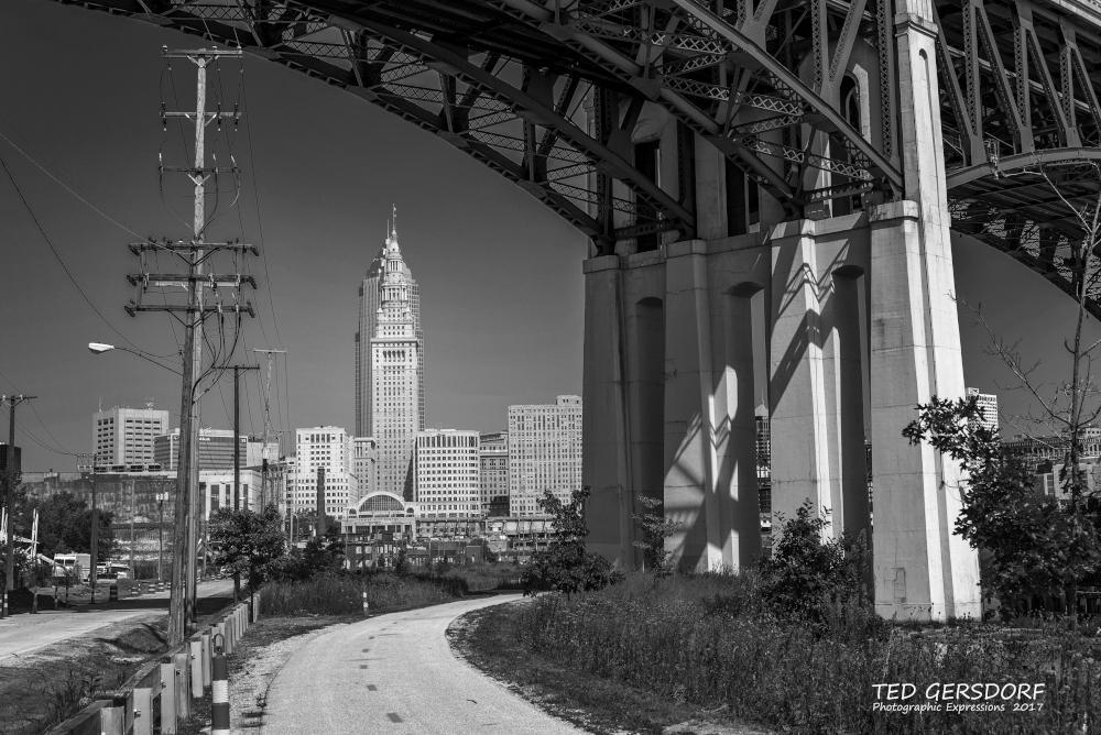 Post Your Black and Whites Photos!!-8-30-17-tremont-1-1-20bw_01.jpg