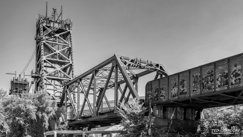 Post Your Black and Whites Photos!!-8-30-17-tremont-1-1-25bw_01.jpg
