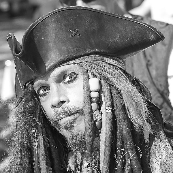 Post Your Black and Whites Photos!!-pirate2-1.jpg