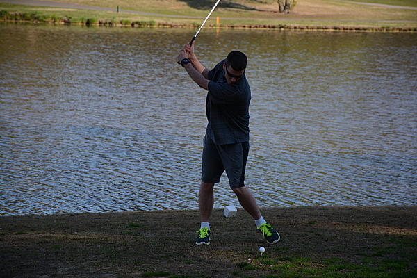 white and black photogrpahs with D3000-john-golfing-family-2.jpg