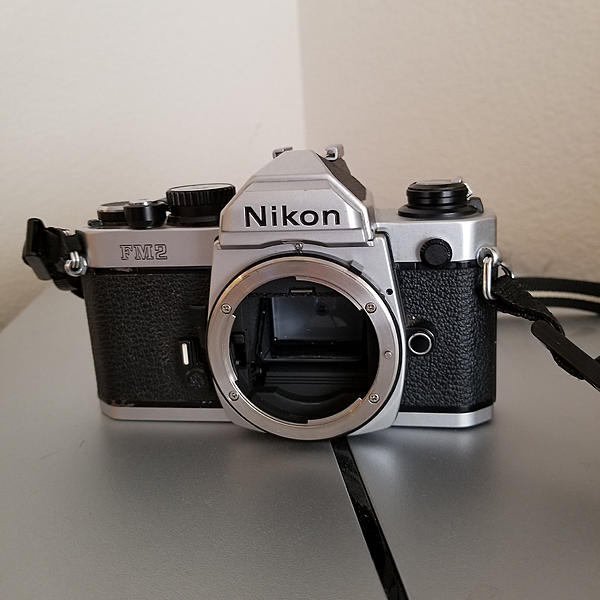 Nikon FM2n Chrome Body (82xxxx)-35613796105_780e8997df_k.jpg