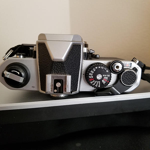 Nikon FM2n Chrome Body (82xxxx)-35613795875_c37a285806_k.jpg