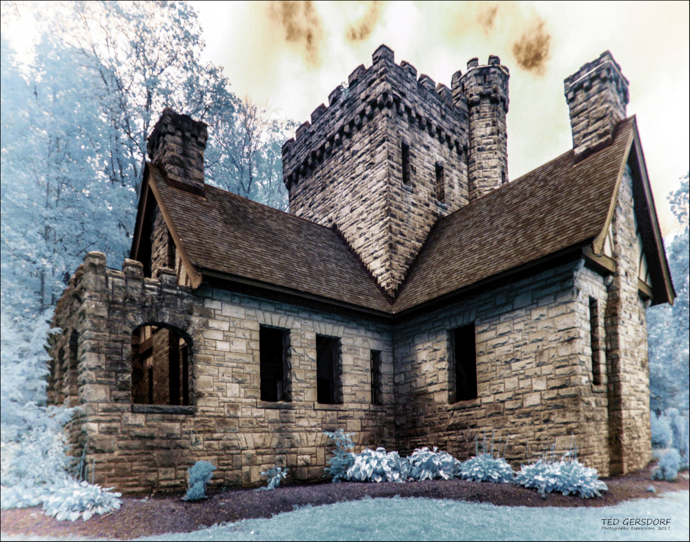 D3300 Infrared Conversion Photos-9-28-17-squires-castle-ir-1-1-5.1_01.jpg