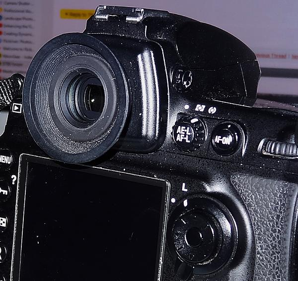 Are there no D700 users left here?-diopter.jpg