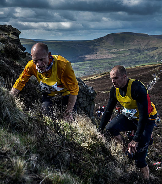 More expensive lens means a better image.-edale-skyline-601.jpg