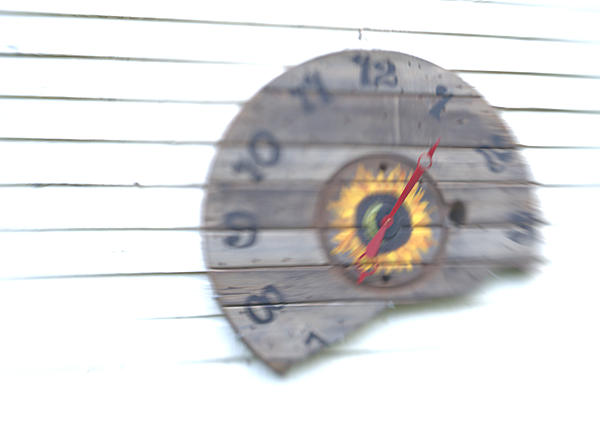 """It's a """"Lens Baby"""" - Lets see some Lensbaby Creativity-clock-dsc_1025-1.jpg"""