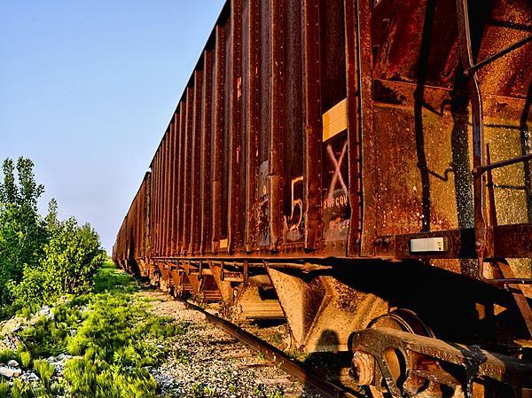 Post your Train shots!-boxcars-resized.jpg