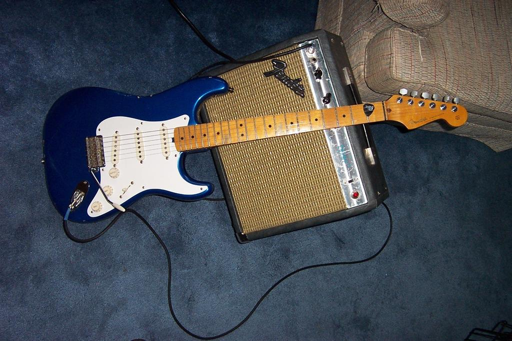 Post your musical instruments.-dcp_0001.jpg