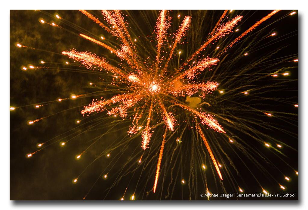 Post your Snaps-firework1-1-frameshop.jpg