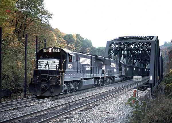 Post your Train shots!-1993-10-16-maybeury-wv-upload.jpg