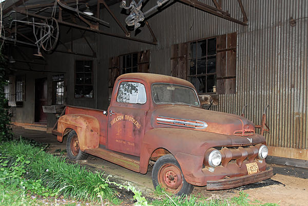 Post your Urban Decay/Abandoned shots!-smg_0374-1.jpg