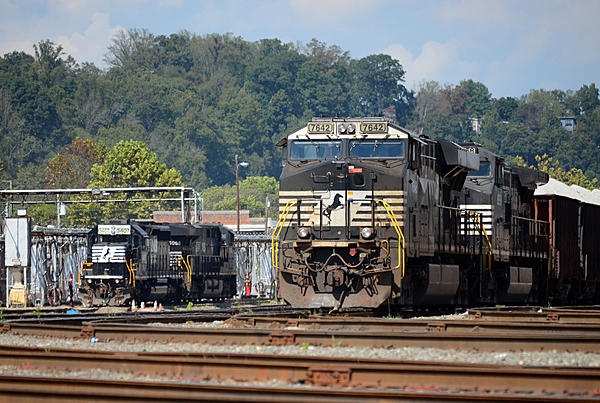 Post your Train shots!-2018-10-06-002-asheville-nc-upload.jpg
