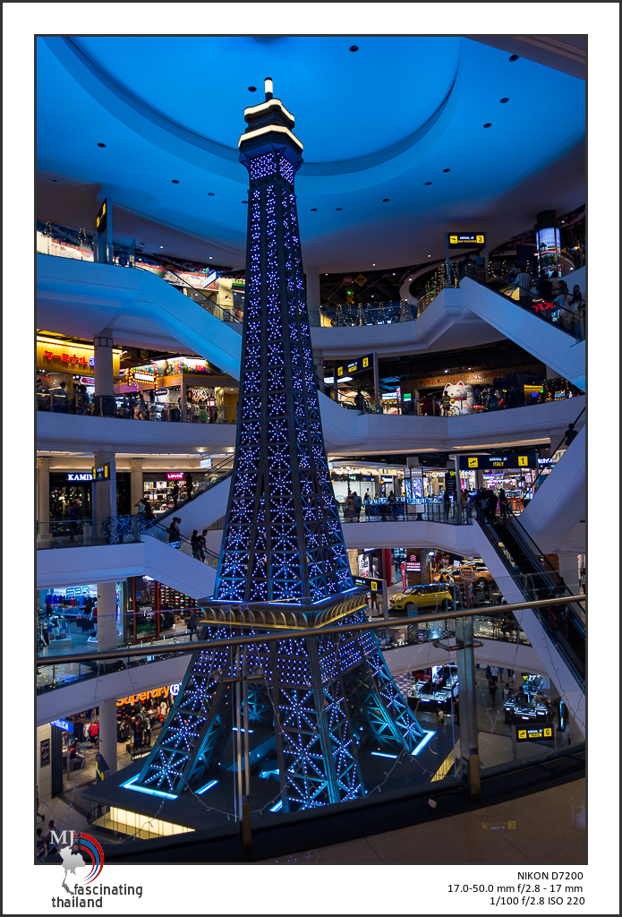 Shopping with to lenses-sigma-shopping-2.jpg