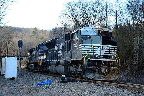 Post your Train shots!-2018-12-22-002-old-fort-nc-upload.jpg