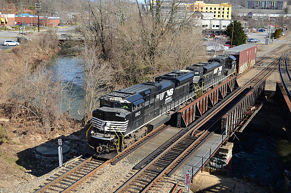 Post your Train shots!-2019-01-26-002-biltmore-nc-upload.jpg