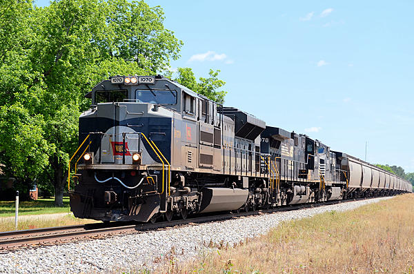 Post your Train shots!-2019-05-16-002c-wab-1070-monetta-sc-upload.jpg
