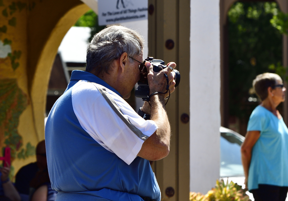 Post your Photographing the photographer.-_roy6428.jpg