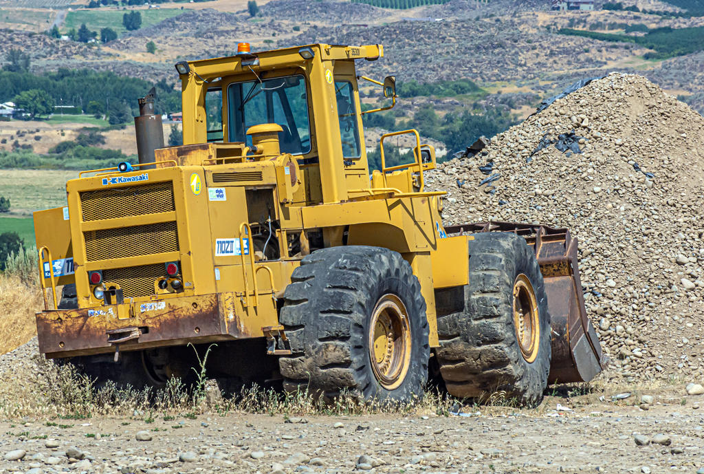 Post Your Heavy Equipment Shots!-710_3099.jpg
