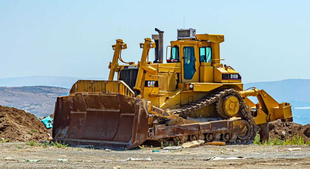 Post Your Heavy Equipment Shots!-710_3069.jpg