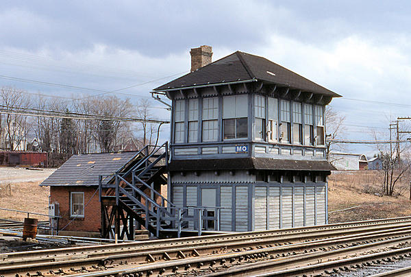 Post your Train shots!-1989-04-05-019-mo-tower-cresson-pa-upload.jpg