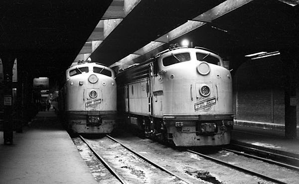Post your Train shots!-1970s-mid-002-cnw-chicago-il-upload.jpg