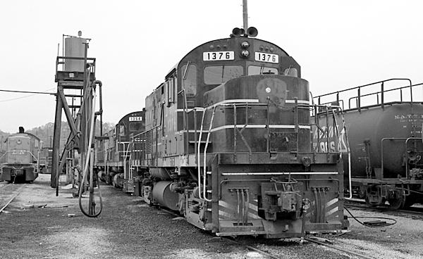 Post your Train shots!-1976-11-13-002-knoxville-tn-upload.jpg