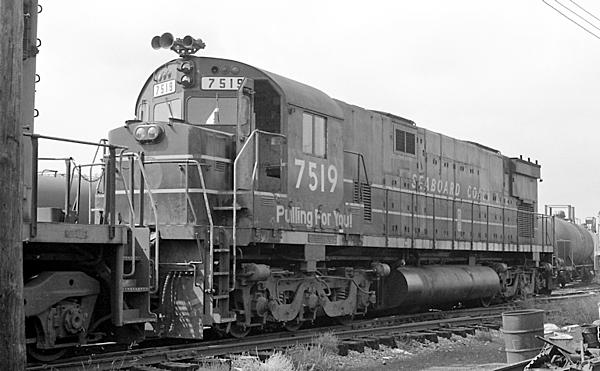 Post your Train shots!-1977-026-knoxville-tn-upload.jpg