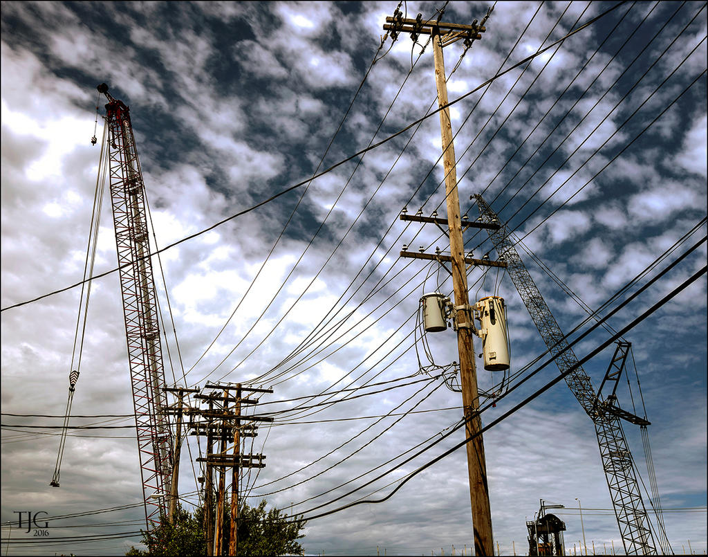 Wires, wires everywhere; have a drone? You best beware.-6-9-16-tremont-area-h-19.1sm.jpg