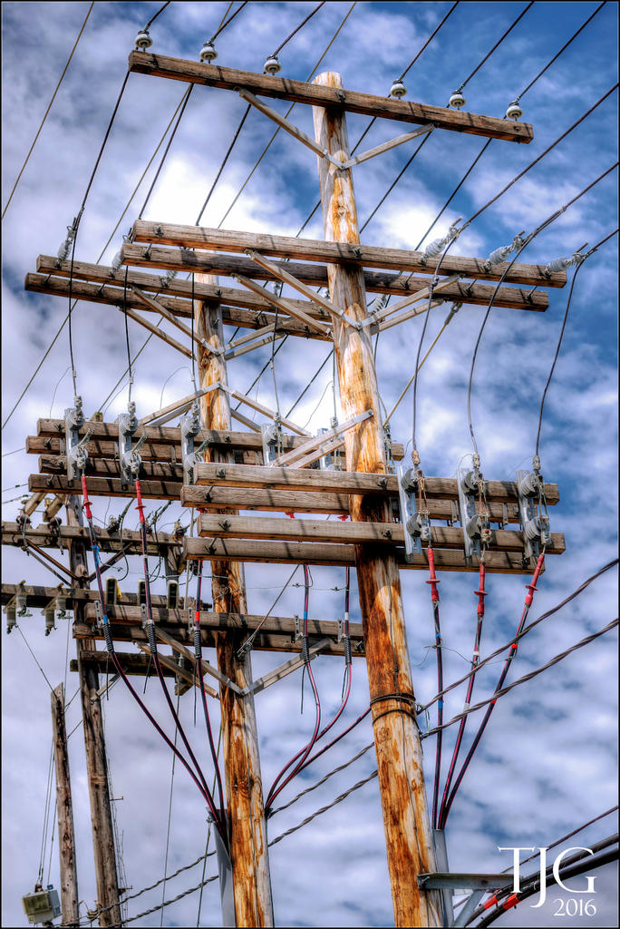 Wires, wires everywhere; have a drone? You best beware.-6-9-16-tremont-area-h-24.1sm.jpg