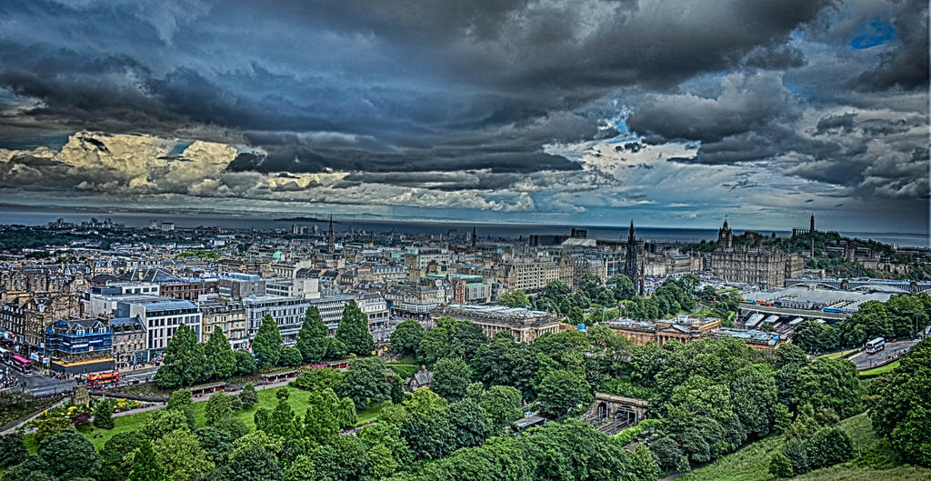 Over looking Edinburgh-hdr-edinbrough-_.jpg