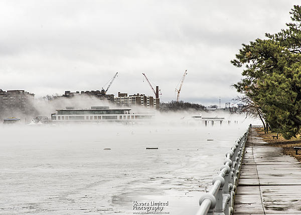 Post your fog shots-jan-12-dc-potomac-ice-fog_03.jpg