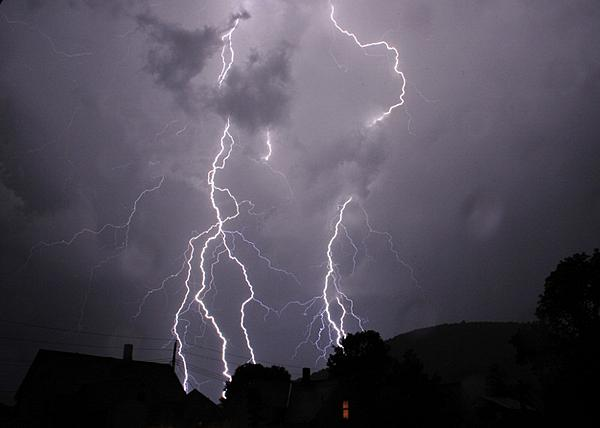 Post your Lightning photos-_dsc9871-800x571-.jpg