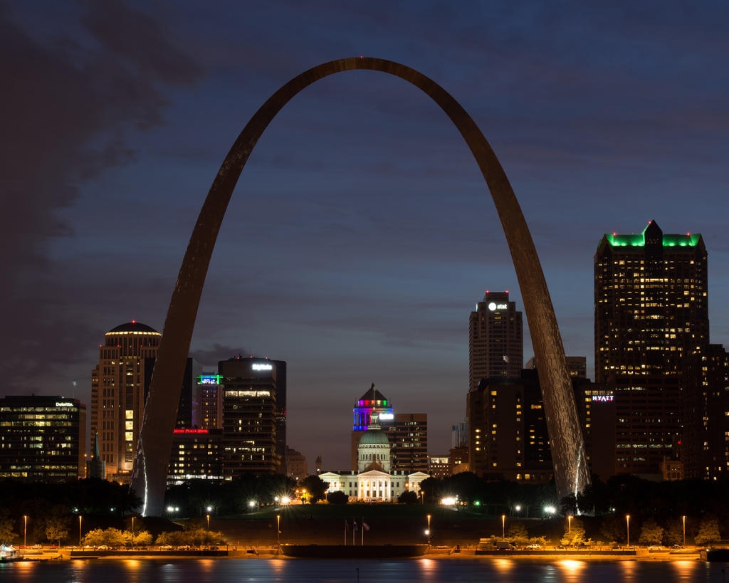 Post your low light long exposures-arch-night.jpg