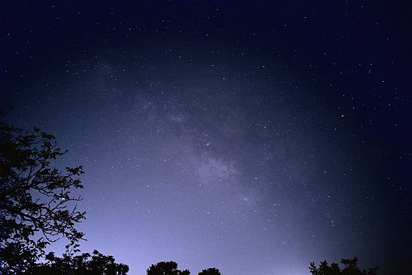 First try: the Milky Way shots-2020-06-21-22.33.48_01-dt-dfine-vz-outsharp-vzblue-s.jpeg