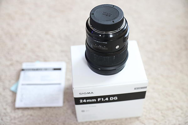 Sigma 24mm 1.4 for Nikon with box and caps-jhl_2862.jpg