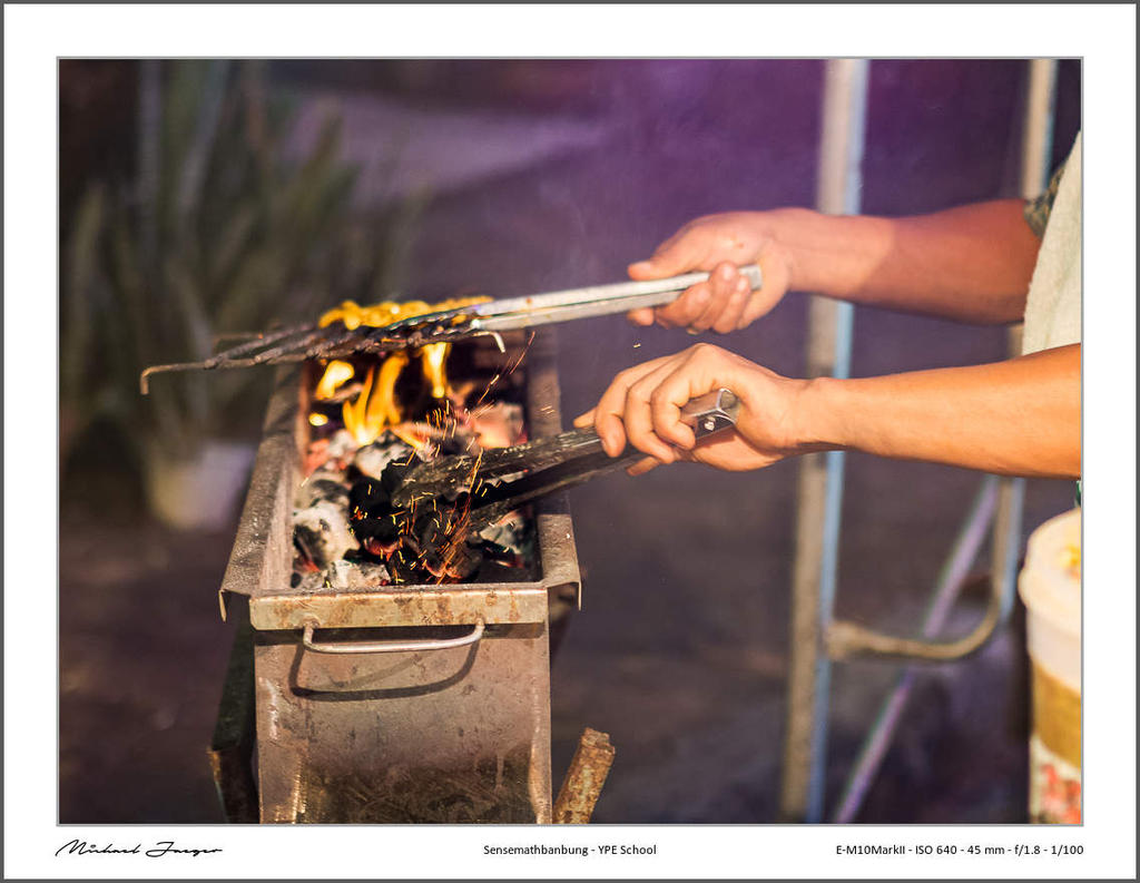 Michael's New Thailand Thread-bbq-2.jpg