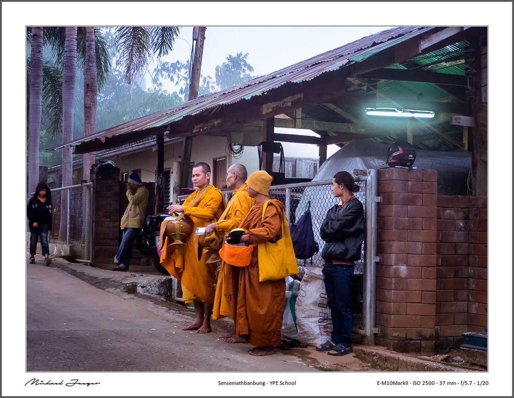 Michael's New Thailand Thread-monks-collect-their-alms2-1.jpg