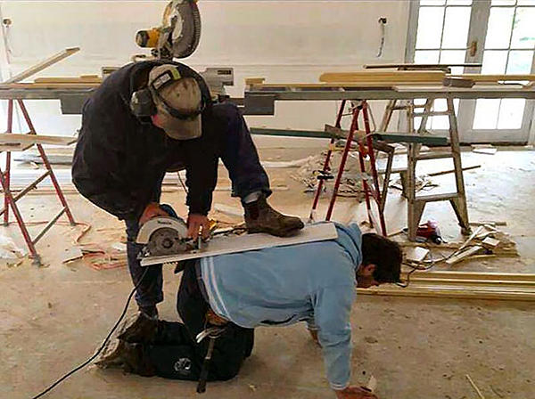 Dumb Jokes Posted Here.... if you dare.-workplace-safety-fails-men-accident-waiting-happen-33-58d118c9d982b__605.jpg