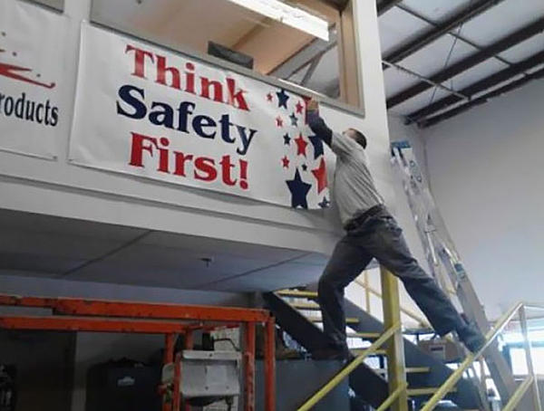 Dumb Jokes Posted Here.... if you dare.-workplace-safety-fails-men-accident-waiting-happen-28-58d0f64293430__605.jpg