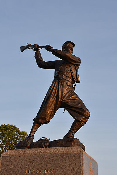 Gettysburg PA - Sunset by 72nd PA Infantry Monument-215crsm.jpg