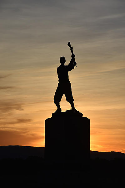 Gettysburg PA - Sunset by 72nd PA Infantry Monument-226sm.jpg