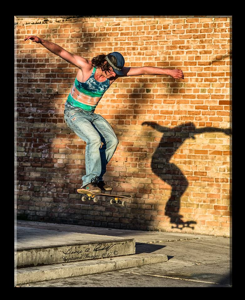 Taking photo's of skateboarding-22221888_1498599876895337_8918958650747719973_n.jpg