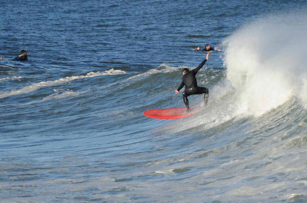 Surf's up! Contribute surf photography please!-redlongboard_00004.jpg